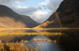 Possibly one of the most specular sight's I have ever witnessed, the rainbow was almost missed because of the quality of the existing light and reflections. I think I would have to place this in my top three personal favourites.............