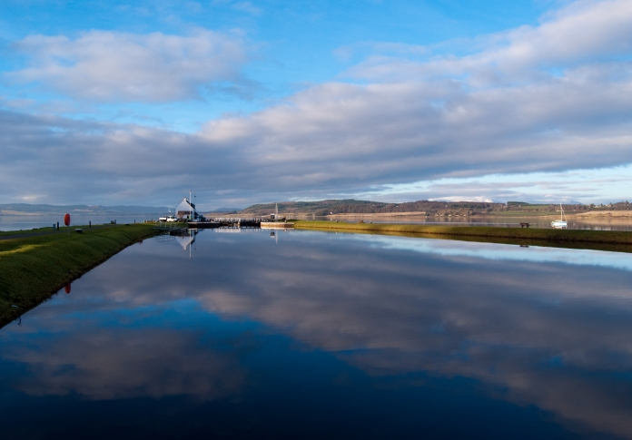 Okay some changes then I have changed the name of the blog - have no fears your subscriptions etc are all intact - I thought this particular photograph suitable for this change as it is the sea lock which is located at the junction where the Moray Firth and Beauly Firth merge and via this lock you can enter the Great Glen and ultimately on to Loch Ness the home of Nessie. In summary it is a crossroads just like me. One journey end and another begin's ...