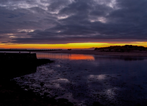 It is moments like these that have convinced me to live here on the Moray Coast. That pre dawn moment, the town is still asleep not even the dog walkers are out just an idiot with a tripod - a calm nervous silence is all around.