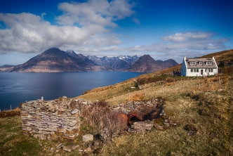 One of the Elgol series of images which I cant make my mind if I like the view is great but is the foreground interesting or just a distraction.