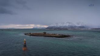 Risoyrenna Channel nr Harstad