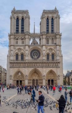Notre Dame Bride n Groom