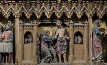 Notre Dame Interior Detail