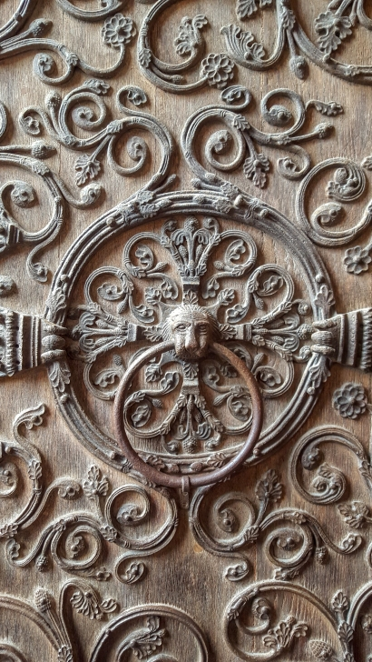 Notre Dame Wood Detail
